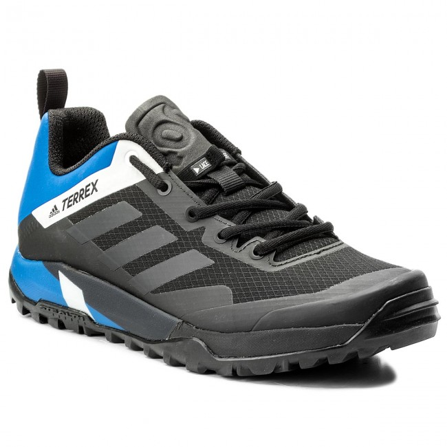 adidas terrex trail cross